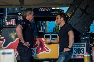 Sébastien Loeb arrives in Dakar bivouac after speedy Stage Six