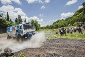 Dakar battle reaches boiling point in Termas de Rio Hondo